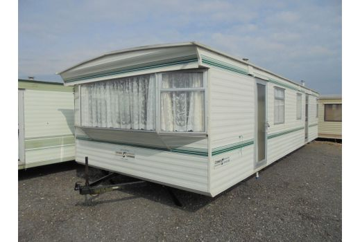 CARNABY CROWN 32FT X 12FT REF 2642 2 BED EX CON