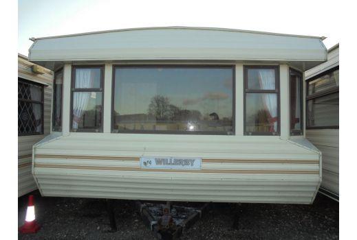 Willerby Granada, 32ft x 12ft, 2 bedrooms. Separate toilet. Ref: B123