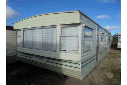 Willerby Herald, 32ft x 12ft.  2 bedrooms. New Boiler! Ref: 2732
