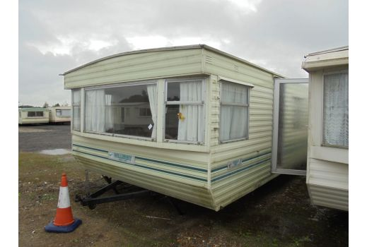 Willerby Herald, 35ft x 12ft, 3 bedrooms.  Very good condition throughout.  Ref: B3016