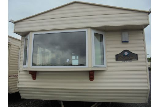 Willerby Granada, 35ft x 12ft, 2 bedrooms.  Double Glazed. Central Heating. Ref: C4000
