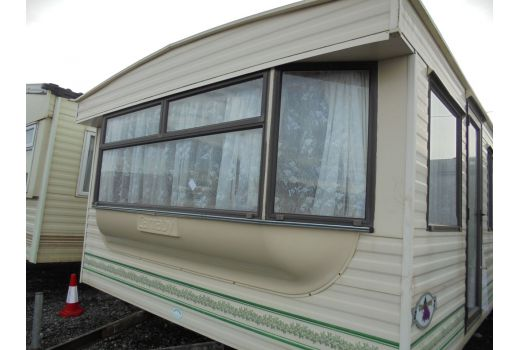 Carnaby Chardonnay, 31ft x 12ft, 2 bedrooms. Ensuite. Ref: C4279