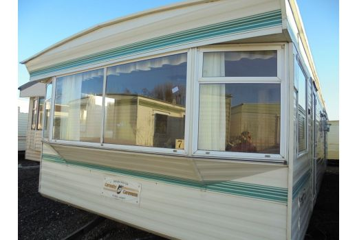 Carnaby Crown, 35ft x 12ft, 3 bedrooms.  Ref: B4347