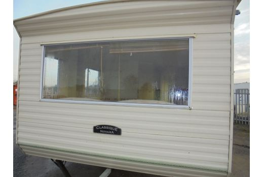 Classique Novara, 34ft x 10ft. 3 bedrooms. Separate toilet. Ref: B4321