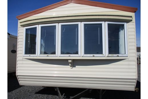 Willerby Leven, 35ft x 12ft, 2 bed. Ensuite. Double Glazed. Central Heating. Ref: C457