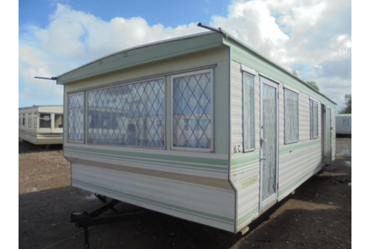 Pemberton Moonbeam, 28ft x 12ft, 2 bedrooms.  Lovely condition throughout.  Ref: 2099